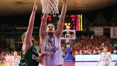 Basket Serie A, Reggio Emilia vola con Polonara
