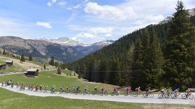 Al Giro d'Italia con Peugeot, il nostro diario di bordo