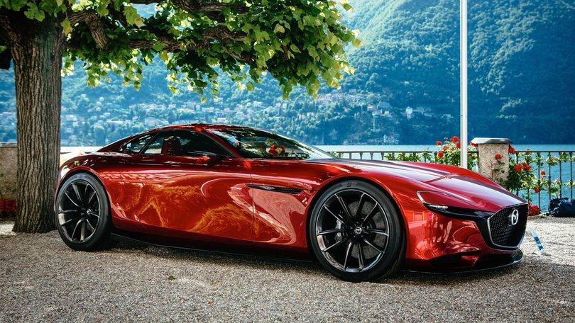 Mazda RX-Vision e MX-5 RF protagoniste a Villa d'Este e Goodwood