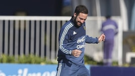 Napoli, c'è Higuain in ritiro con l'Argentina per la Coppa America