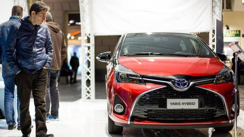 Toyota ragigunge quota 9 milioni di ibride