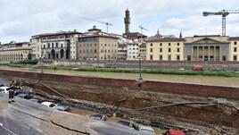Firenze, voragine sul Lungarno: le immagini sono impressionanti
