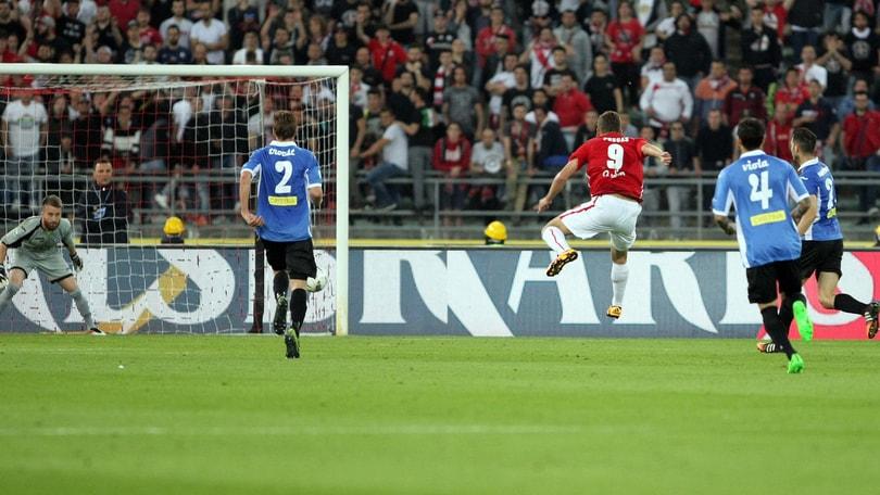 Serie B Bari, rimonta a metà: Novara in semifinale