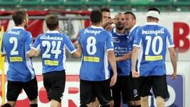 Serie B, Bari-Novara 3-4: partita pazzesca, decideGalabinov ai supplementari!