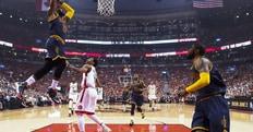LeBron sbanca Toronto, Cavaliers alle Finals