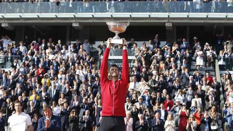 Tennis, Djokovic si prende il Roland Garros: il Grande Slam a 3,00