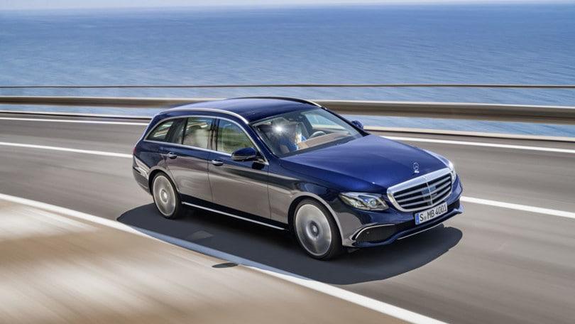 Mercedes Classe E station wagon, spazio alla classe