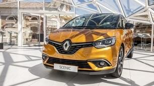 Nuova Renault Scenic: foto