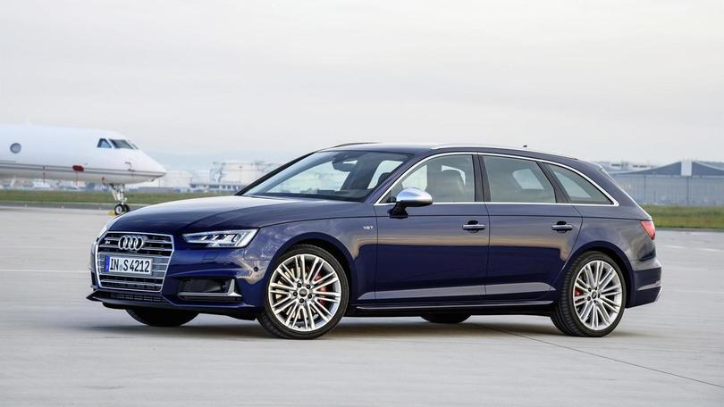 Audi S4 e S4 Avant, 354 cavalli per l'estate