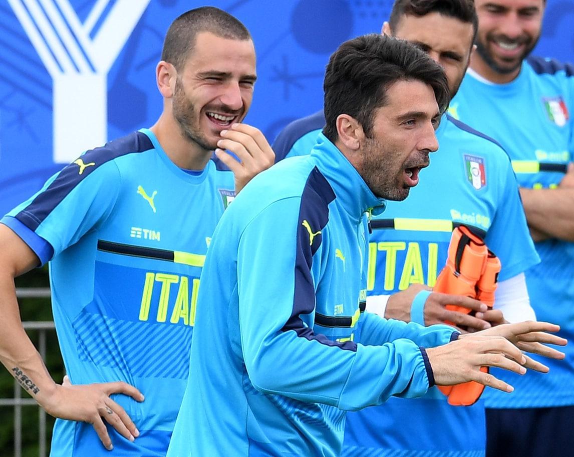 """Italia, la """"sana follia"""" di Buffon"""