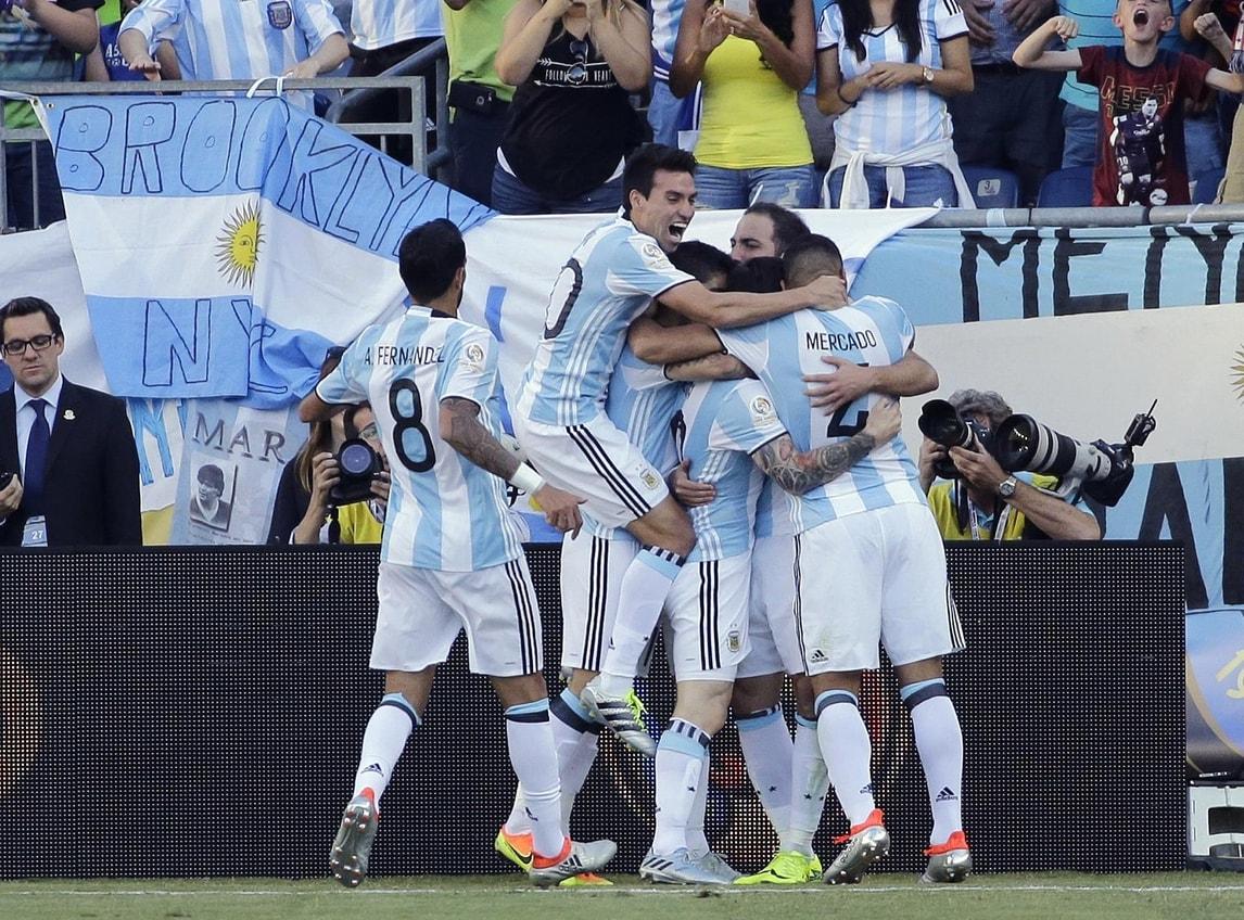 Coppa America, Higuain-Messi show e l'Argentina vola in semifinale