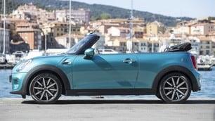 Mini Cooper D Cabrio, effetto go-kart: foto e prezzi