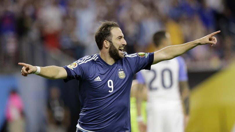 Coppa America, Argentina in finale. Doppietta Higuain, Messi supera Batistuta