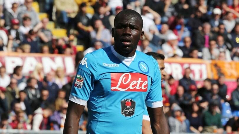 Calciomercato, dall'Inghilterra: «Il Napoli ha rifiutato 25 milioni dal Chelsea per Koulibaly»