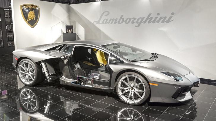 Lamborghini, a Seattle nasce il centro ricerca sulla fibra di carbonio