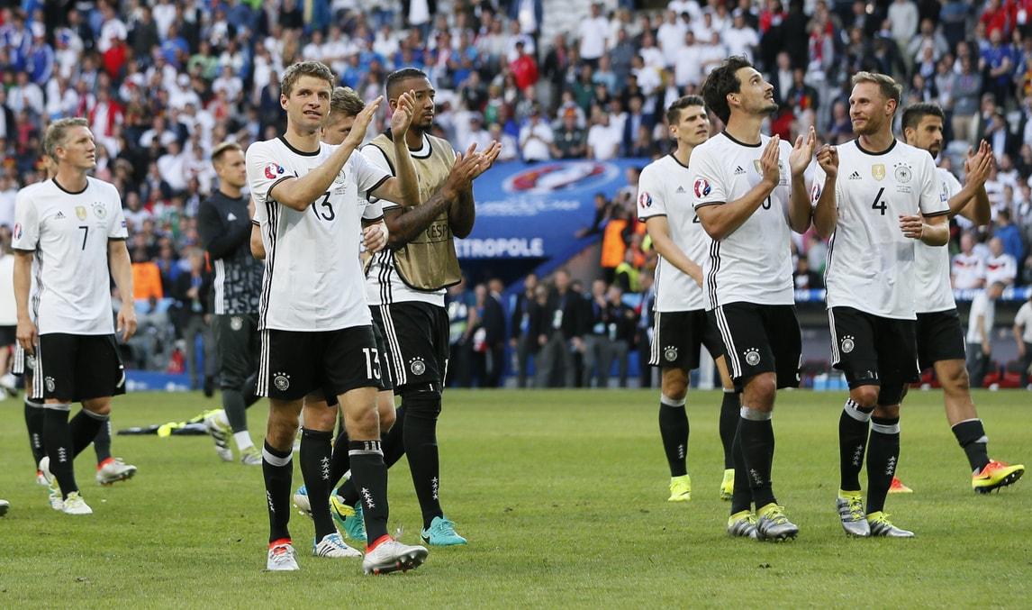 Euro 2016, Germania-Slovacchia 3-0: che tris conBoateng, Gomez e Draxler!