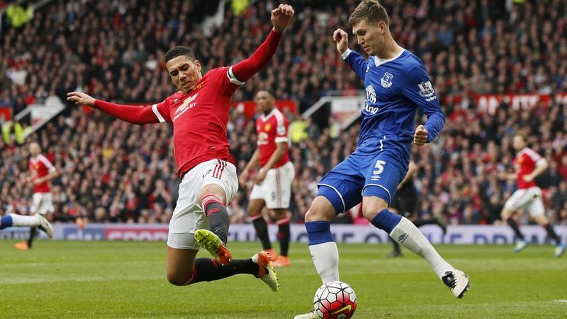 Calciomercato: «Il City vuole Stones, Chelsea e United non mollano»