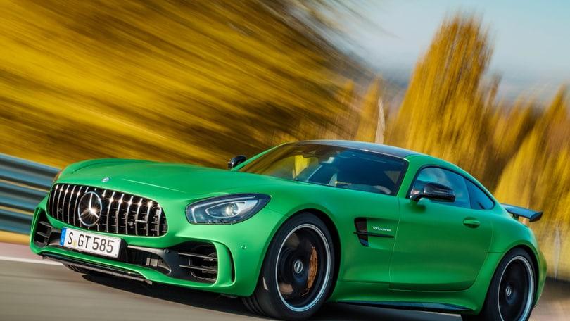 Mercedes AMG GT R, figlia dell'Inferno Verde