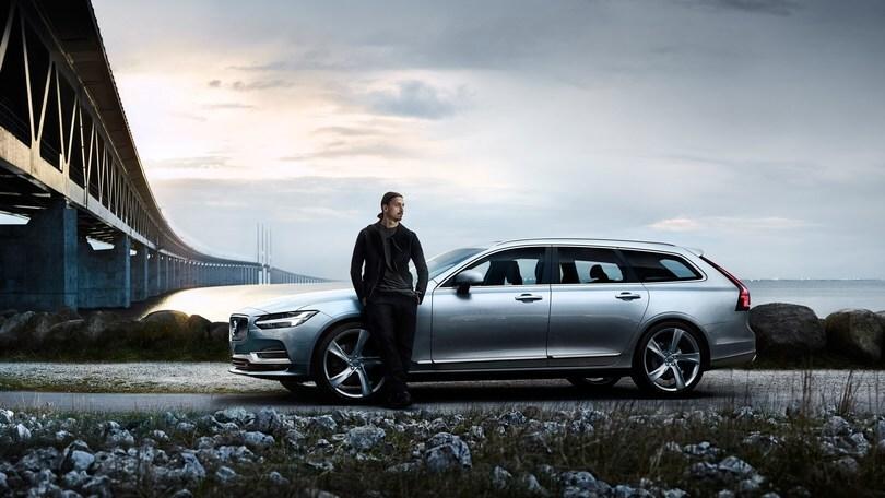 Ibrahimovic saluta la Nazionale e torna a casa in Volvo