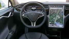 Tesla, l'Autopilot causa il primo incidente mortale