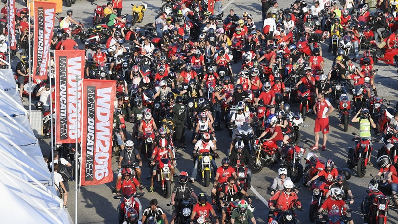 World Ducati Week: biografia di una festa