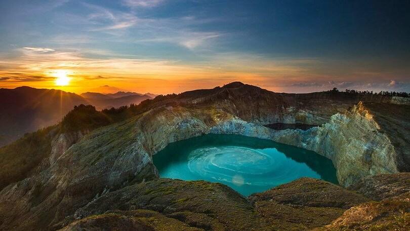Kel 12 Calendario Viaggi.In Viaggio Tra I Tesori Di Persia E L Indonesia Corriere
