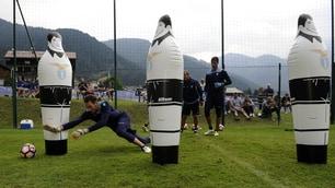 Serie A Lazio, Berisha e Strakosha si allenano duramente