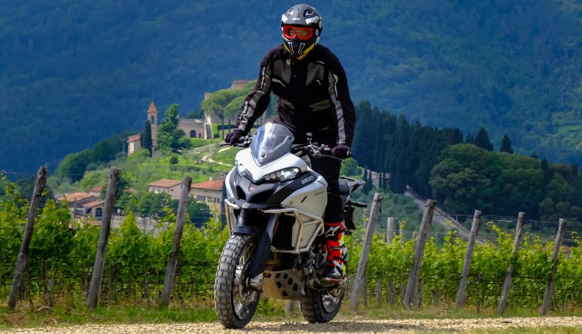 Ducati DRE Enduro, con la Multistrada a scuola di off-road
