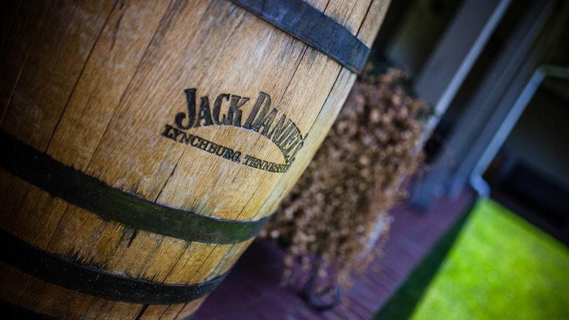 La Jack Daniel's Distillery compie 150 anni