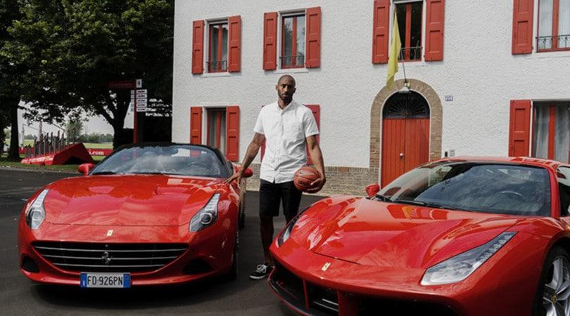 Kobe Bryant, un Black Mamba alla Ferrari