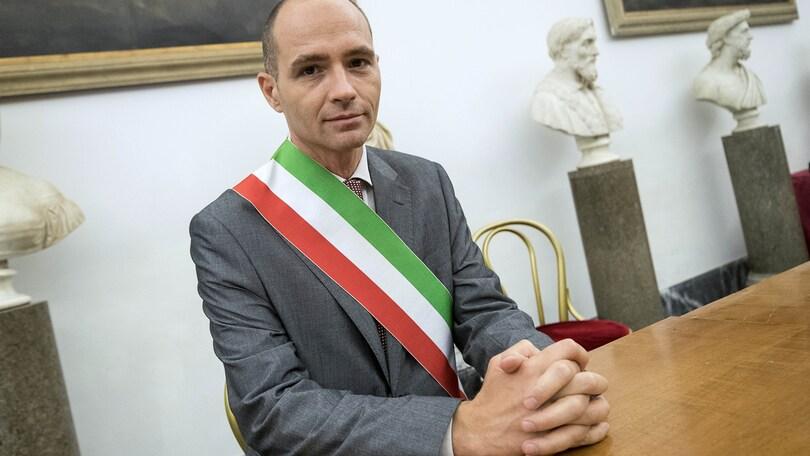 Roma, l'assessore pentastellato Frongia indagato per corruzione