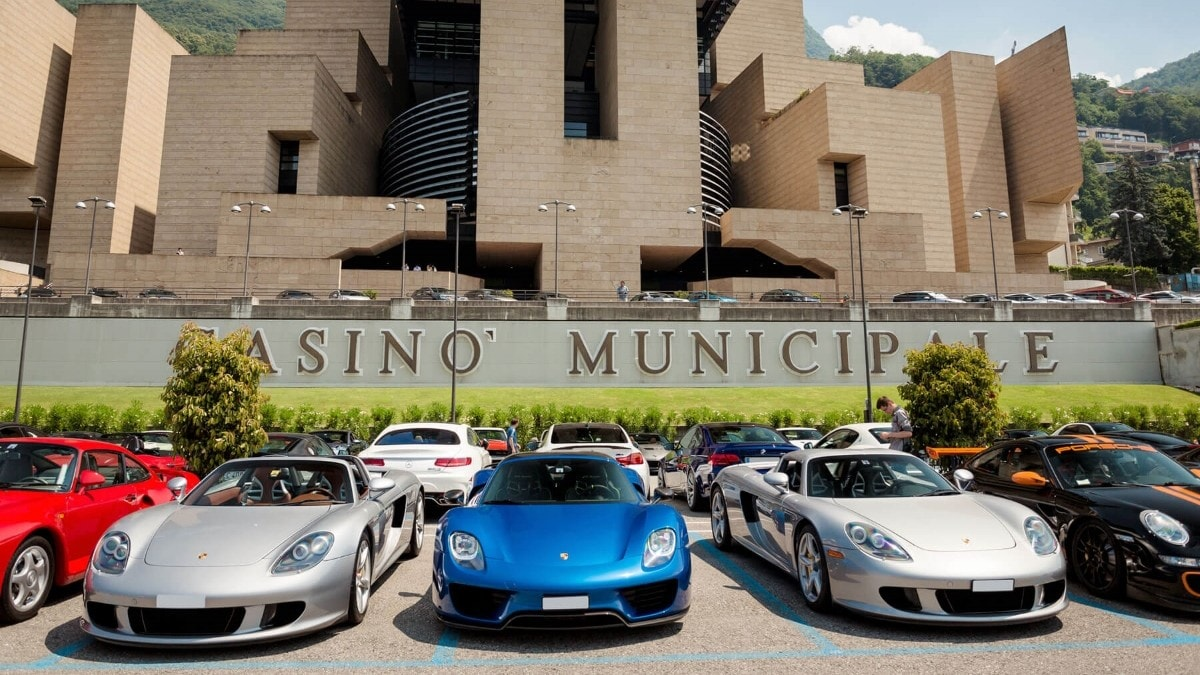 Cars and Coffee: foto