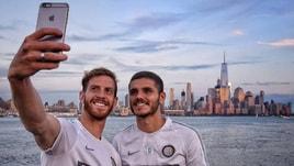 Inter, allenamento con vista su New York: scatta il selfie di Icardi e Ansaldi