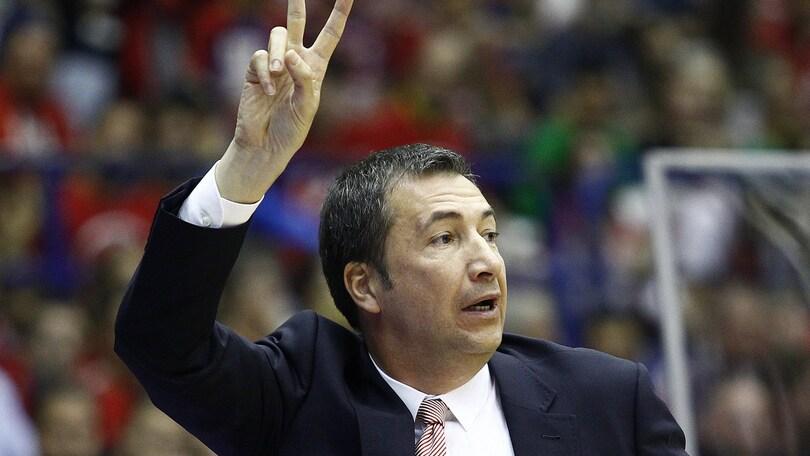 Basket Serie A, Banchi precisa: