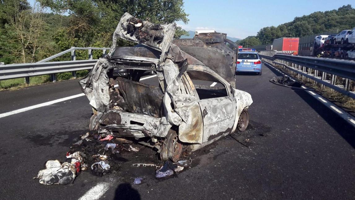 Incidenti in auto in estate raddoppia la mortalit tra i for Costo del garage di due auto