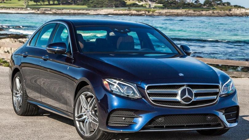"""Mercedes Classe E, in USA ritirato lo spot sulle funzioni """"autonome"""""""