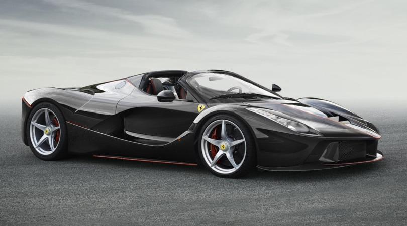 Ferrari non gli vende LaFerrari Aperta, collezionista fa causa a Maranello