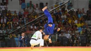 La capriola di Basile: è suo il 200esimo oro italiano alle Olimpiadi