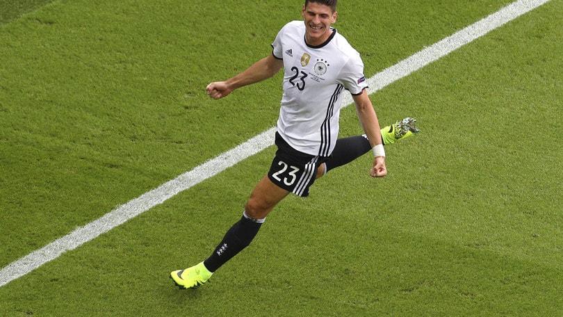 Calciomercato Fiorentina, Gomez al Wolfsburg: «Sono felice»