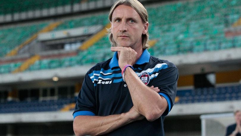 Serie A. Bologna-Crotone 1-0. Debutto frizzante che manca per poco il pareggio