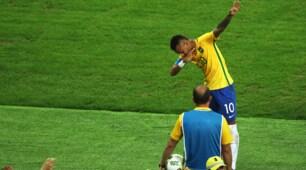 Brasile-Germania, Neymar segna e esulta alla Bolt