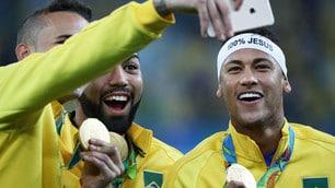 Brasile, la festa del podio. Risate e selfie