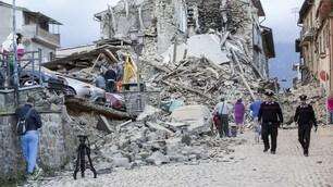 Terremoto nel centro Italia: le foto dall'epicentro