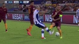 Roma, De Rossi ci ricasca: sono 14 le espulsioni in carriera