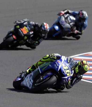 MotoGp Yamaha Tech3, Bradley Smith si frattura il femore