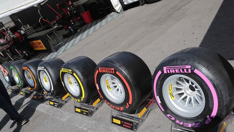 F1 Pirelli, Hembery: «In Malesia probabili più soste»