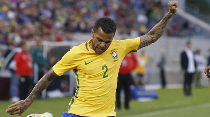 Dani Alves torna in Brasile: accordo con il San Paolo