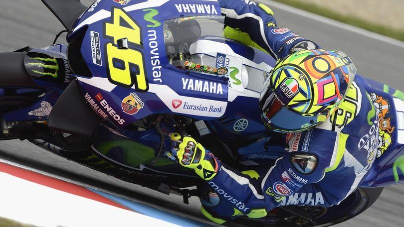 MotoGp, Silverstone: il bis di Rossi a 5,50