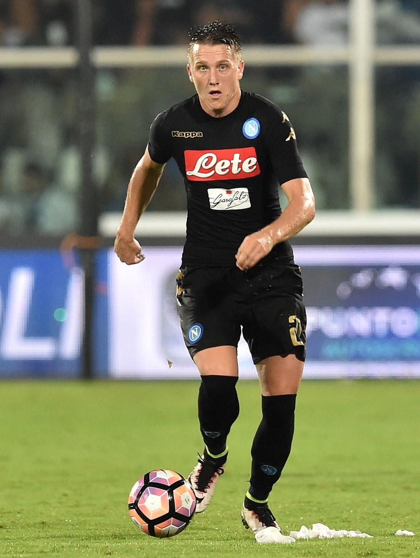 Napoli, Zielinski: «Sono felice, che bello allenarmi con Callejon e Albiol»