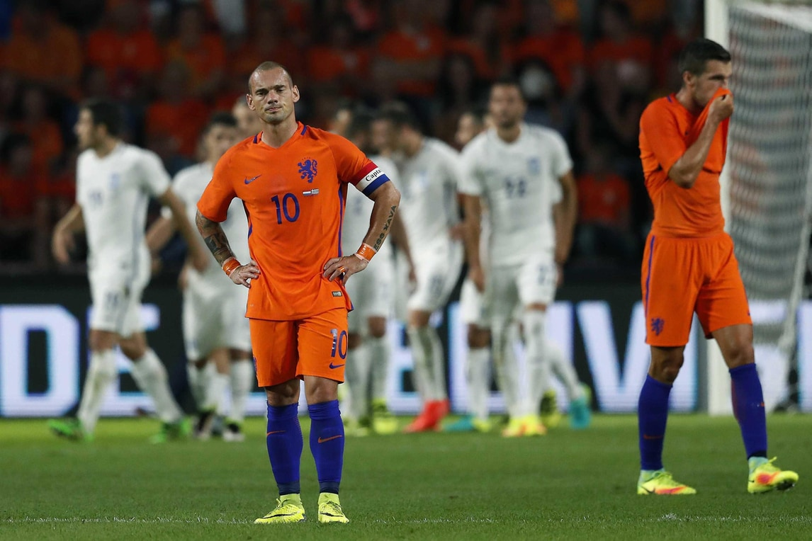 Calcio: Olanda-Grecia 1-2, Manolas batte Strootman